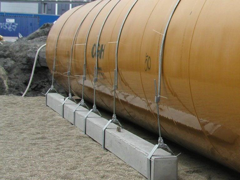 Billede af forankring med betonbjælker